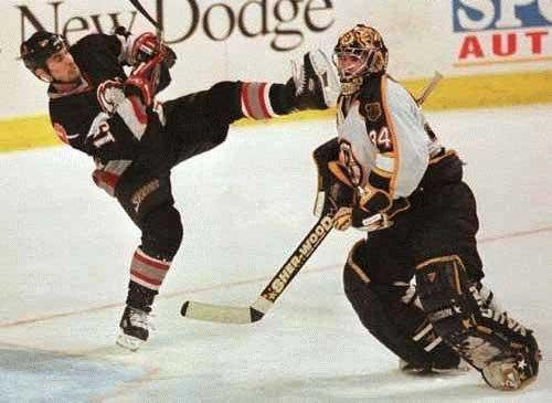 Immagini-divertenti:-karatHockey!.jpg